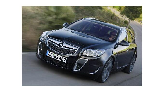Opel motzt Insignia-Kombi auf