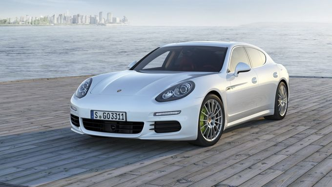 Porsche Panamera S E-Hybrid, 2013
