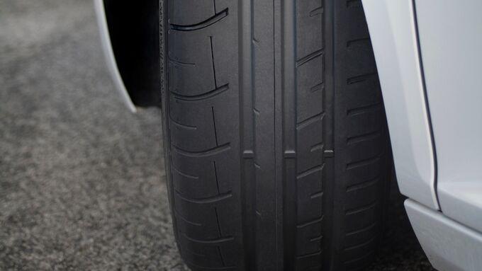 Sommerreifen Dunlop Sport Maxx RT und Race - Power-Pneus