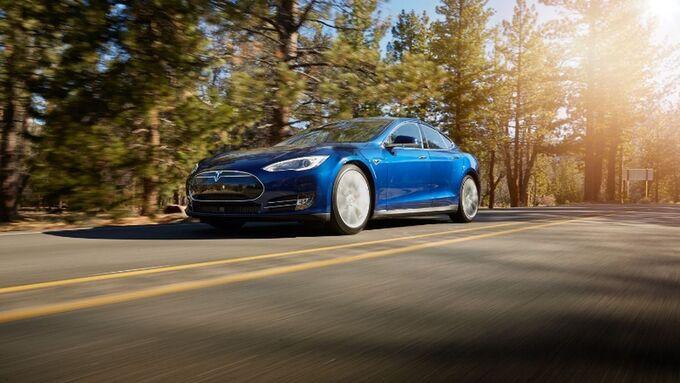 Tesla digitalisiert den Leasingprozess