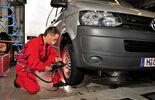 VW, Test, Reifenwechsel, wechseln, Reifen, Regen, nasse Fahrbahn, Vanco Eco, Continental, Bridgestone, Goodrich, Kumho, Nokian, Pirelli