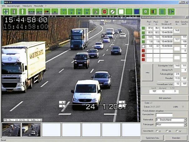 Abstandsmessung auf der Autobahn