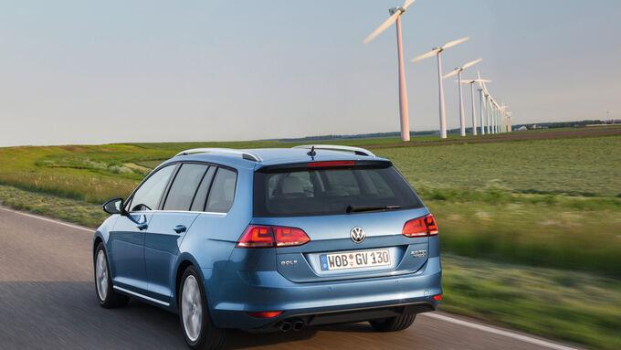 Der VW Golf Variant von hinten