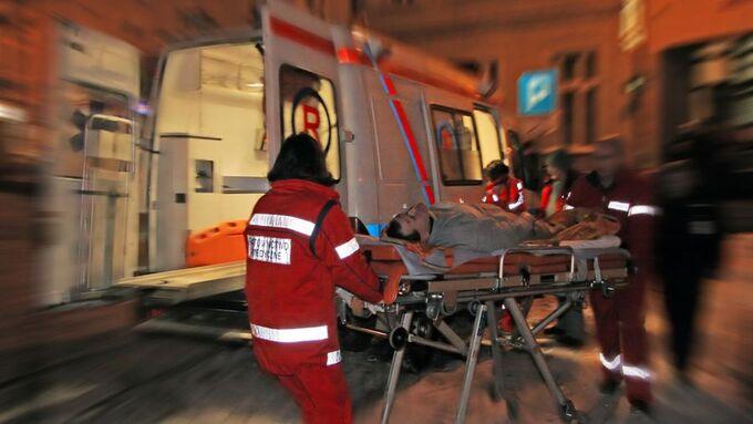 Krankenwagen, Krankenpfleger, Unfall