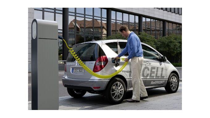 Mercedes-Benz A Klasse unter Strom