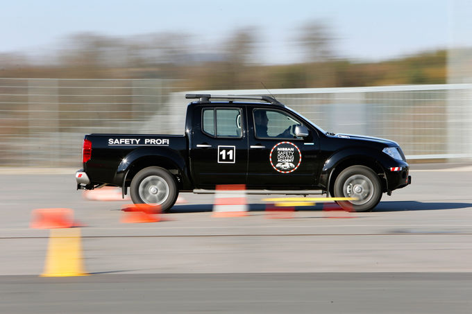 Nissan Driving Safety Academy, Bremstest, Safety Profi