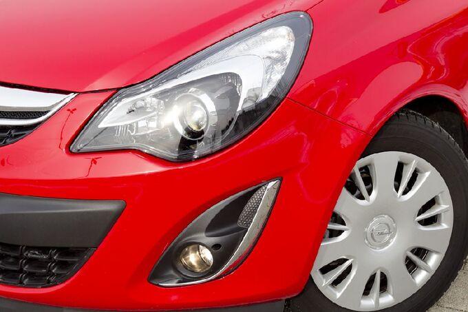 Opel Corsa Scheinwerfer Kurvenlicht