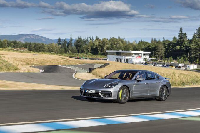Porsche Panamra Turbo S E-Hybrid