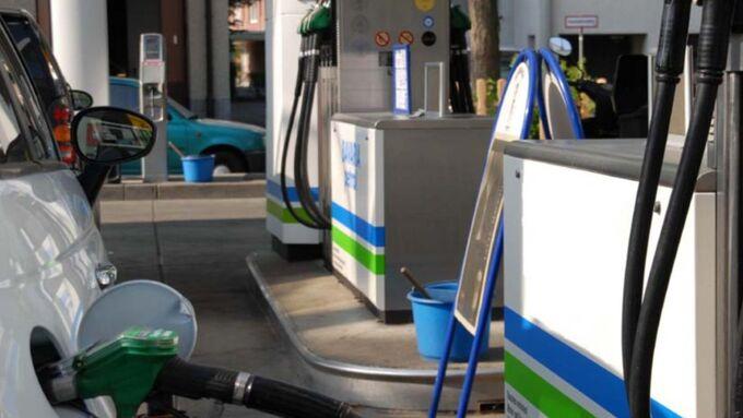 Spritpreise, Tankstelle