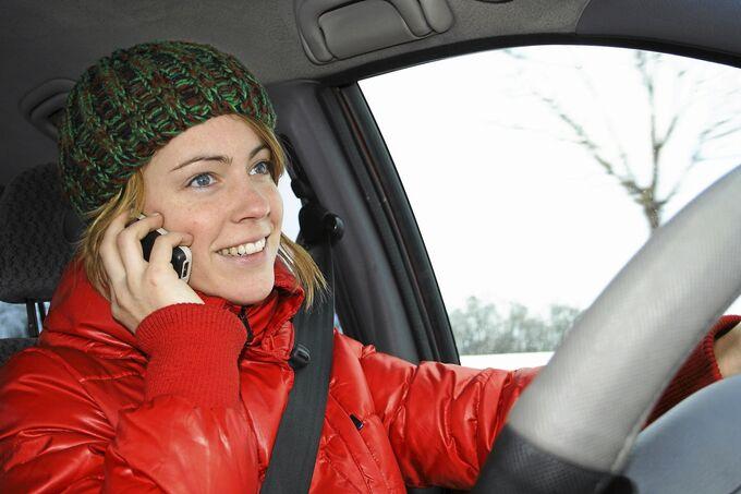 Telefonieren am Steuer Handy