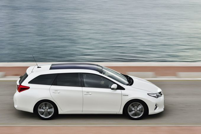 Toyota Auris Touring Sports 1.8 Hybrid 2015