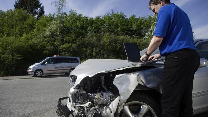 Unfall, Versicherung, Schadenregulierung